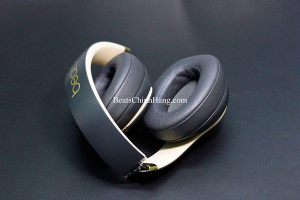 Sửa tai nghe Beats Studio3 bị gãy gọng